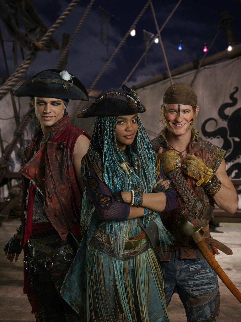 Disney Channel Descendants 2 Uma the Pirate Gang1
