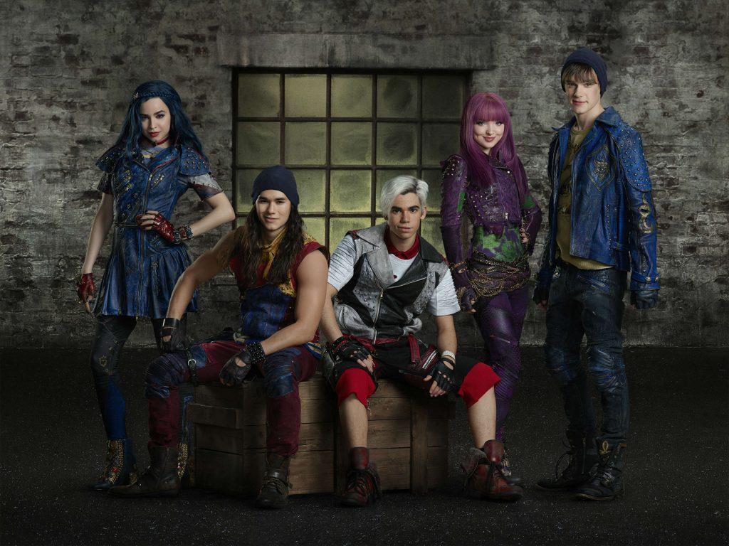 Disney Channel Descendants 2 Villain Kids with King Ben1