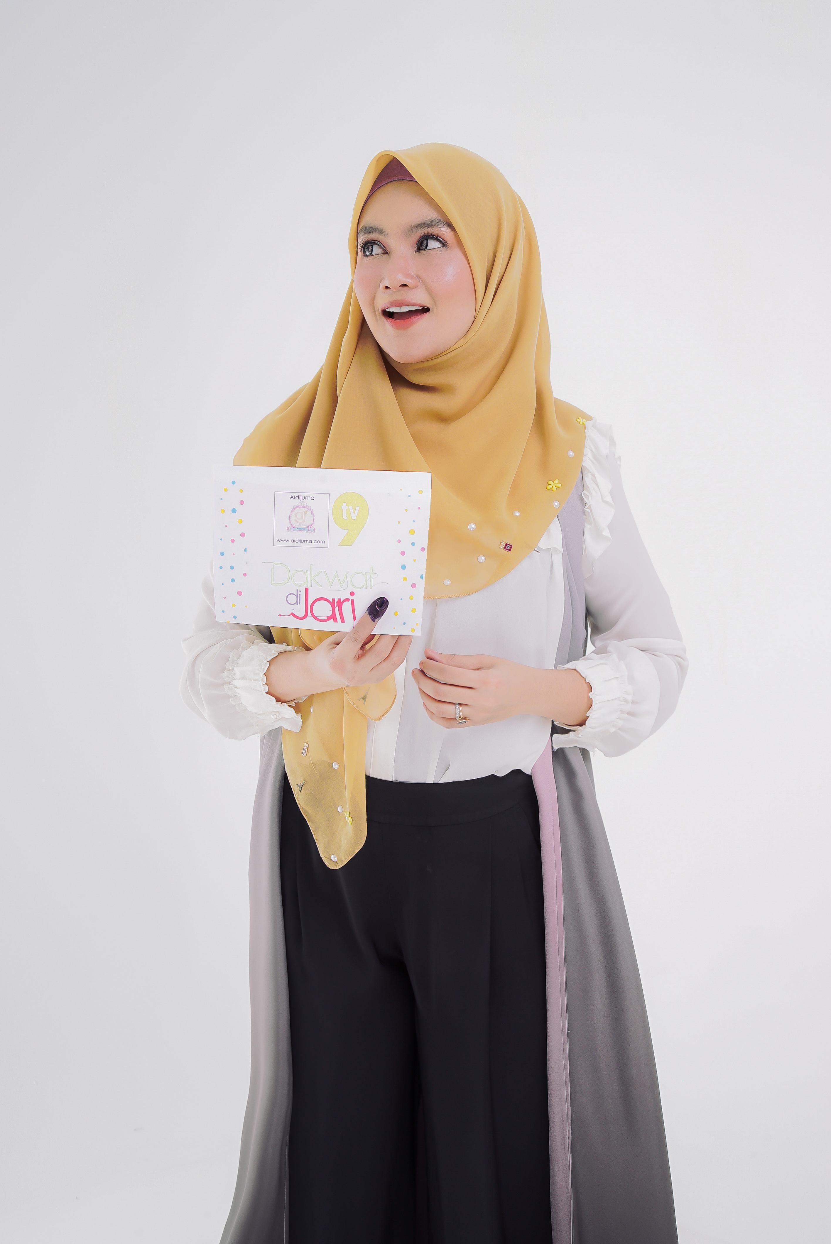 Aidijuma selaku Penaja Program Dakwat Di Jari TV9 copy