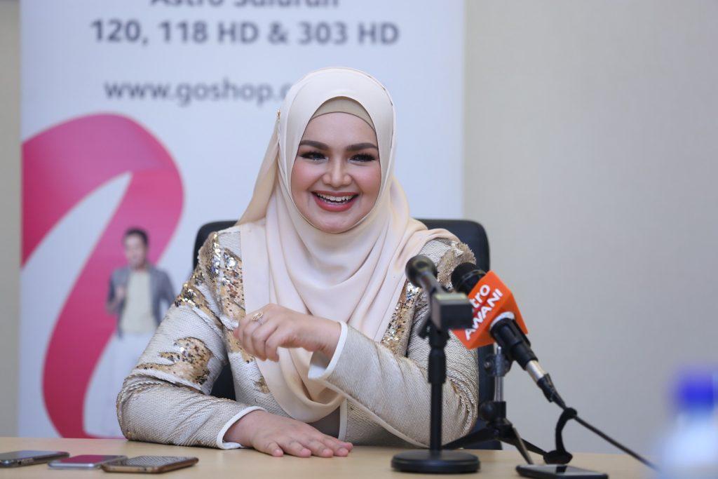 Dato' Sri Siti Nurhaliza ditemui di sesi showcase istimewa bersama Go Shop