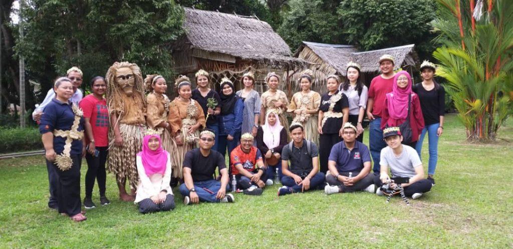 Kampung Budaya Mah Meri