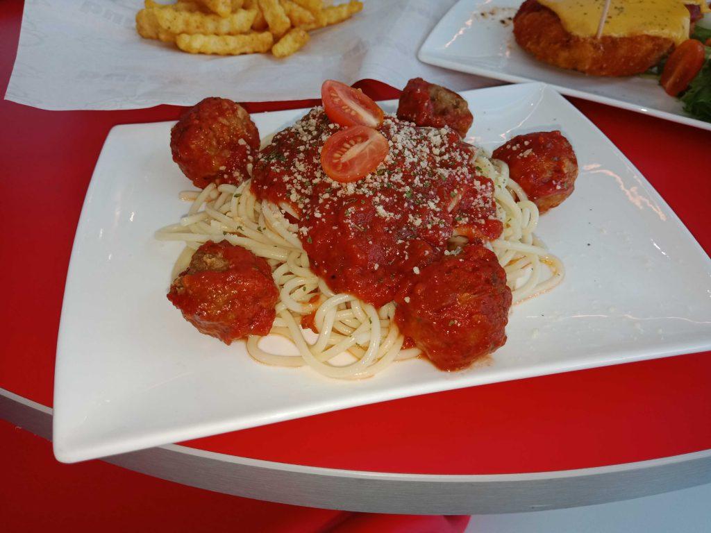 Spaghetti Bolognese with Meatball (RM14.20)