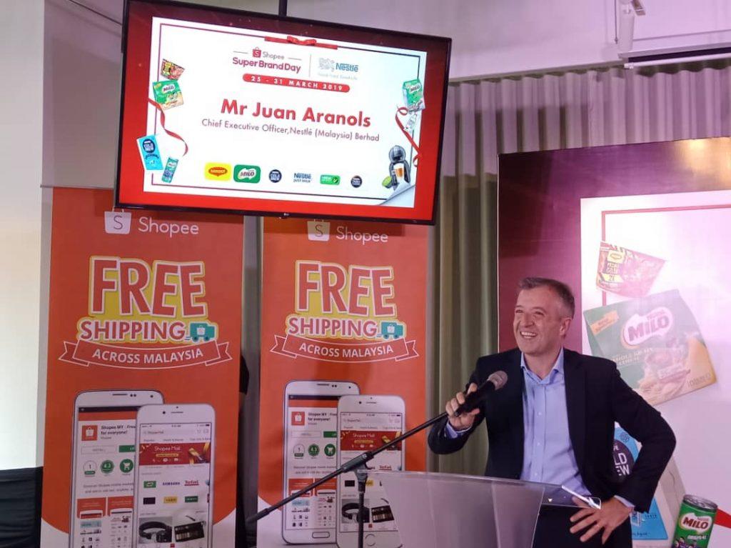 En. Juan Aranols, Ketua Pegawai Eksekutif, Nestlé Malaysia sungguh gembira dengan Nestlé Super Brand Day