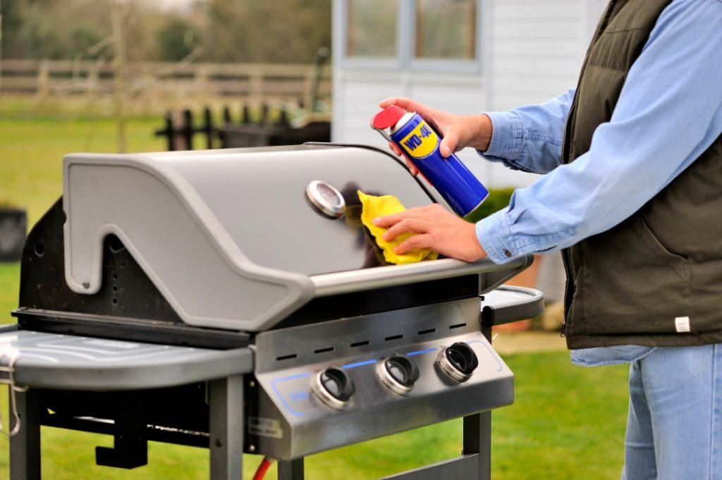 Trik Bijak - Bersihkan grill barbeque