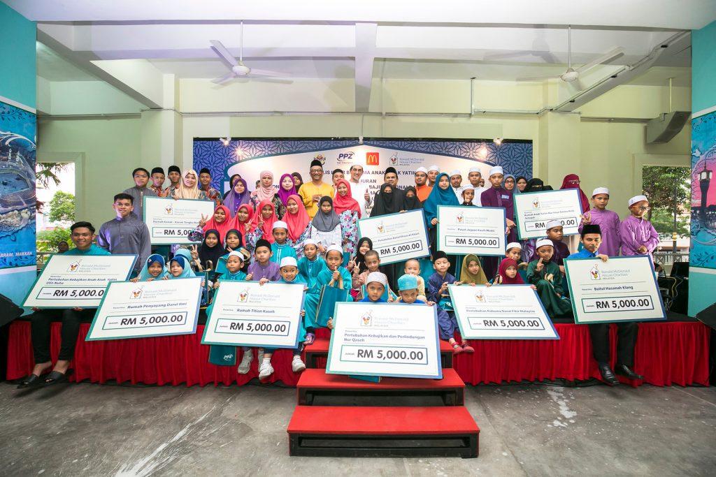 Majlis Iftar bersama anak-anak yatim