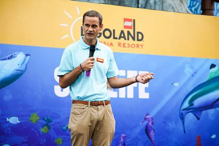 Kristian Griffin, General Manager of SEA LIFE Malaysia sharing how the SEA LIFE Malaysia team have been working tirelessly to ensure that all their marine friends are settled into their new homes
