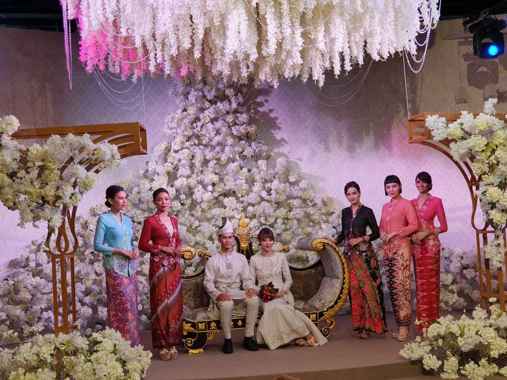 Pertunjukkan Fesyen dari KYBC dan Putree Bridal
