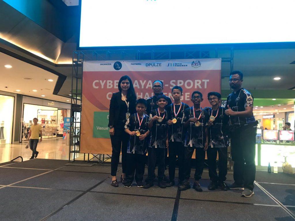 Pemenang Kategori E-sukan Cyberjaya Bawah 12 Tahun dari Sekolah Rendah Kebangsan (2) Simpang Lima, Klang