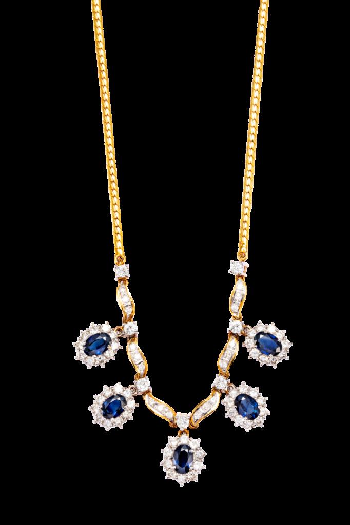 Rantai emas 18k bertatahkan berlian dan batu nilam biru.  Rekaan rantai ini sesuai untuk wanita yang gemarkan perhatian. Ia sesuai digayakan untuk majlis makan malam eksklusif.
