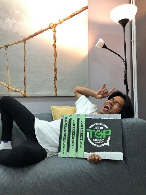JOOX Malaysia Top Music Awards 2020 (Pertengahan Tahun 2020) Meraikan Muzik Serta Artis Terbaik Malaysia Dan Antarabangsa - Naim Danial