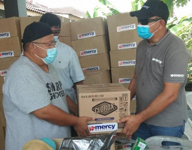 Clorox dan MERCY Malaysia Sediakan Kit Kebersihan